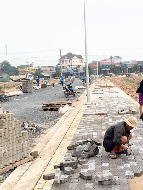 65m2 đất mặt tiền chợ rộng gần 1ha,ngay kcn Nam Tân Uyên giá 1,4 tỷ