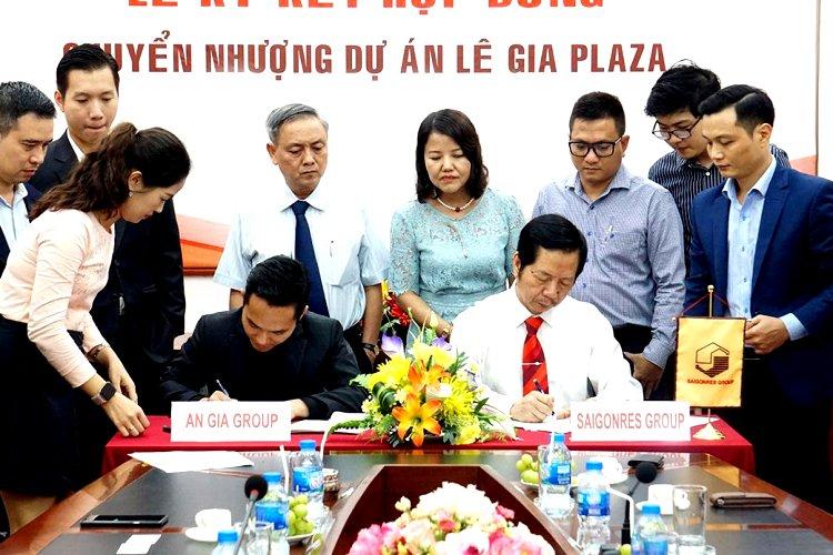 Tuy nhiên, công ty Địa ốc Sài Gòn (Saigonres) đã kí hợp đồng chuyển nhượng toàn bộ 70% vốn dự án Lê Gia Palaza cho công ty Bất động sản An Gia và thu về 600 tỷ đồng.